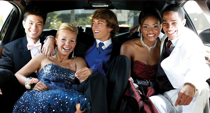 Proms_Homecomings_limos